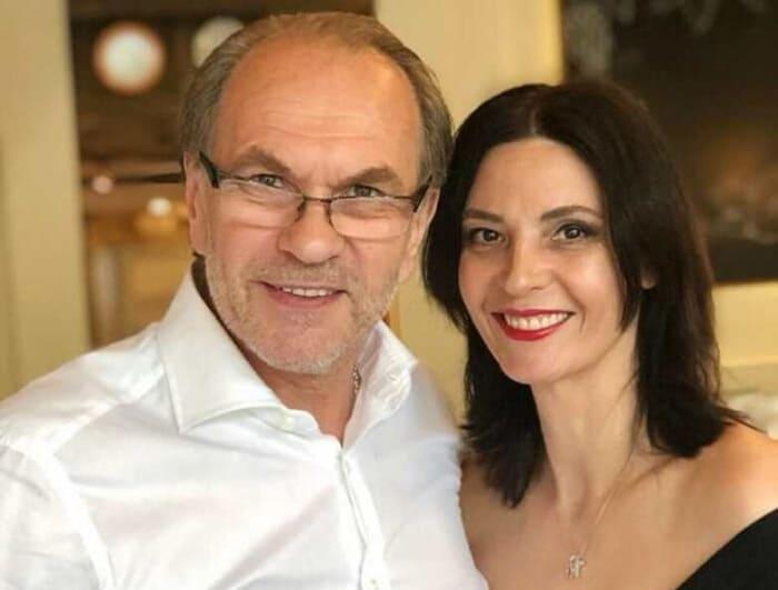Алексей Гуськов и его жена, актриса Лидия Вележева | Фото: vokrug.tv