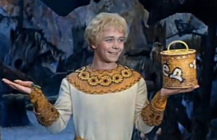 Кадр из фильма *Варвара-краса, длинная коса*, 1969 | Фото: kino-teatr.ru
