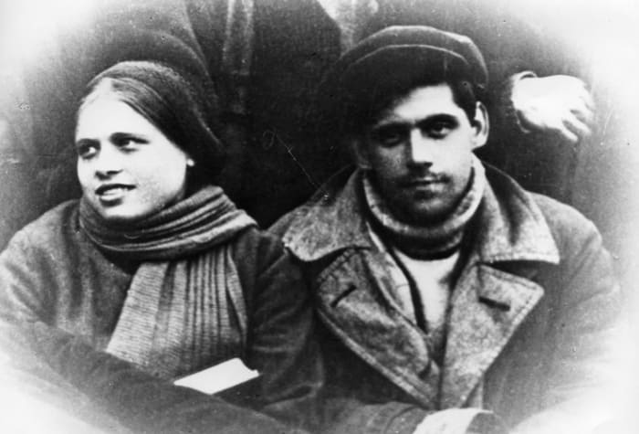 Родители Алисы – Ксения Федоровна и Бруно Артурович | Фото: sobaka.ru