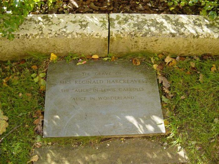 Место захоронения праха Алисы Лидделл