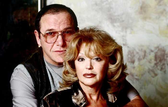 Актриса с мужем   Фото: vagankovo.net