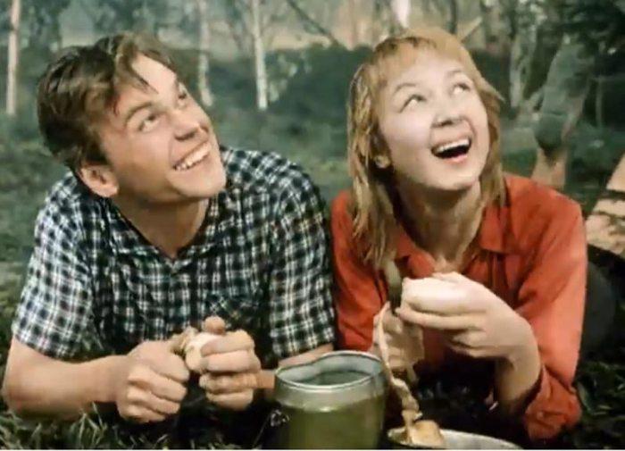 Алла Демидова в фильме *Первое свидание*, 1960 | Фото: kino-teatr.ru