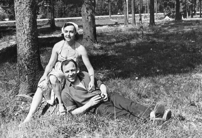 Актриса с мужем, Михаилом Ульяновым   Фото: kino-teatr.ru