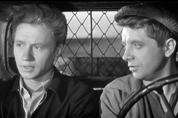 Кадр из фильма *Алешкина любовь*, 1960 | Фото: autogear.ru