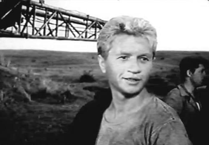 Леонид Быков в фильме *Алешкина любовь*, 1960 | Фото: leonid-bykov.ru