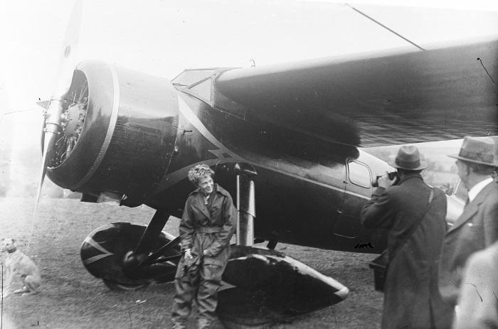 Амелия Эрхарт после одиночного перелета через Атлантику, 1932 г.   Фото: foto-history.livejournal.com