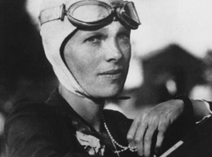 Легендарная летчица Амелия Эрхарт   Фото: peoples.ru