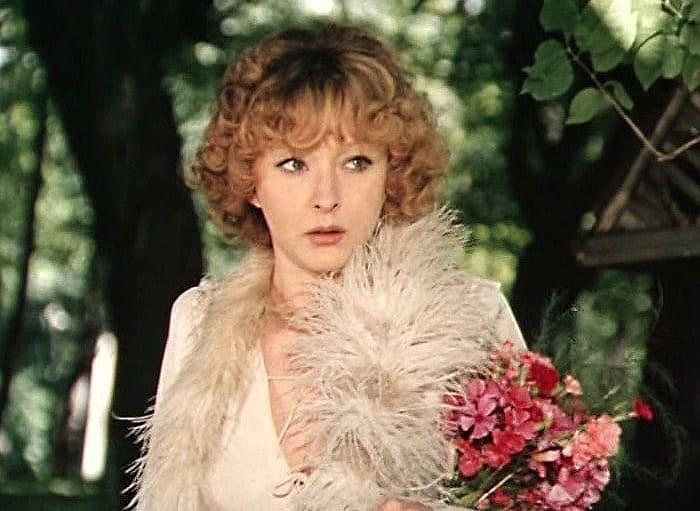 Анастасия Вертинская в фильме *Безымянная звезда*, 1978 | Фото: kino-teatr.ru