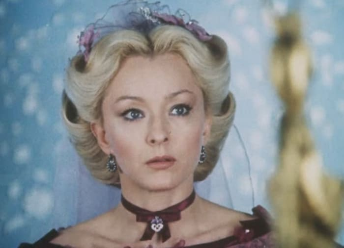 Анастасия Вертинская в фильме *Овод*, 1980 | Фото: kino-teatr.ru