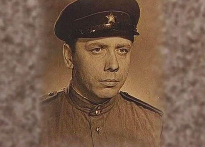 Актер-фронтовик Анатолий Папанов | Фото: jenskiymir.com