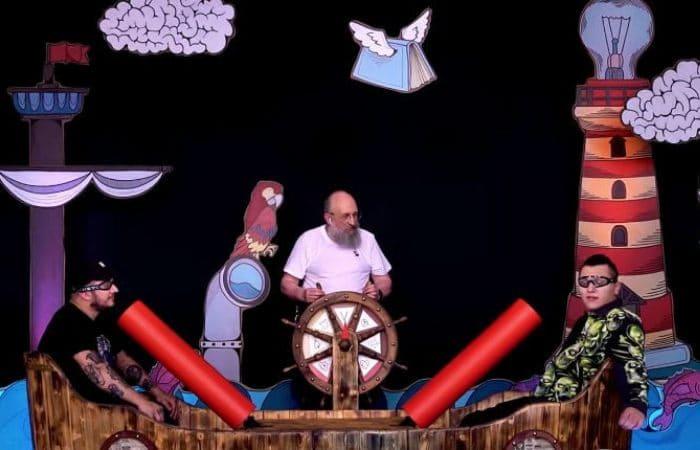 Анатолий Вассерман – ведущий YouTube-шоу *Вынос мозга* | Фото: uznayvse.ru