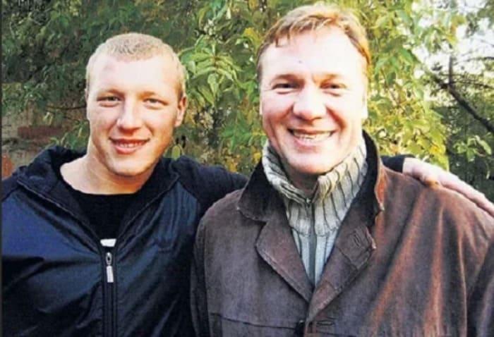 Актер с сыном Антоном | Фото: veasy.ru