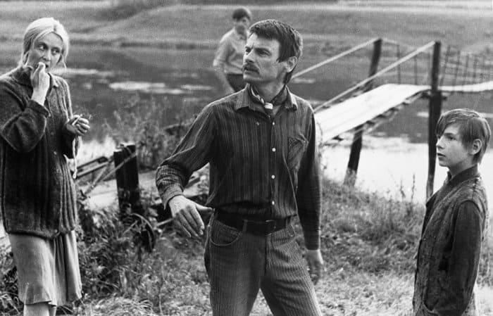Тарковский на съемках фильма *Зеркало* | Фото: ria.ru