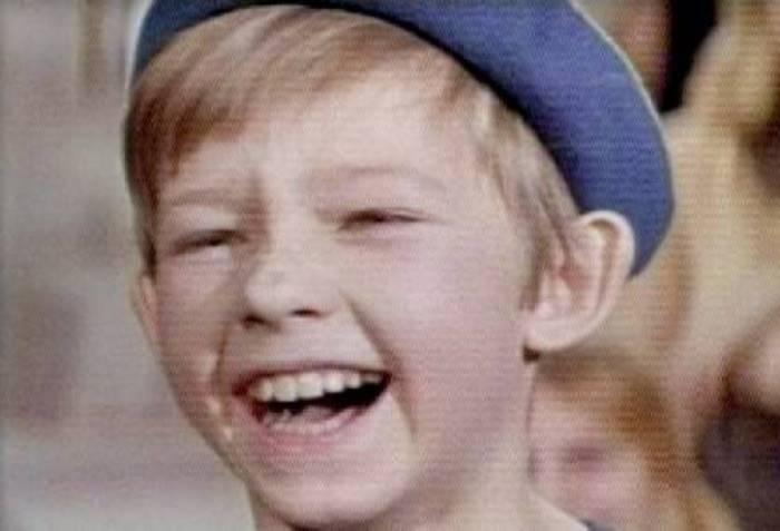 Юный актер в фильме *Желтый чемоданчик*, 1970 | Фото: kino-teatr.ru