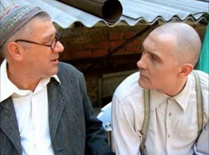 Андрей Краско в своей последней роли на съемках сериала *Ликвидация*, 2006 | Фото: nnm.me