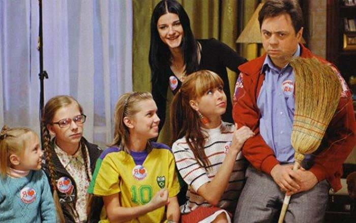 Андрей Леонов в сериале *Папины дочки* | Фото: stuki-druki.com