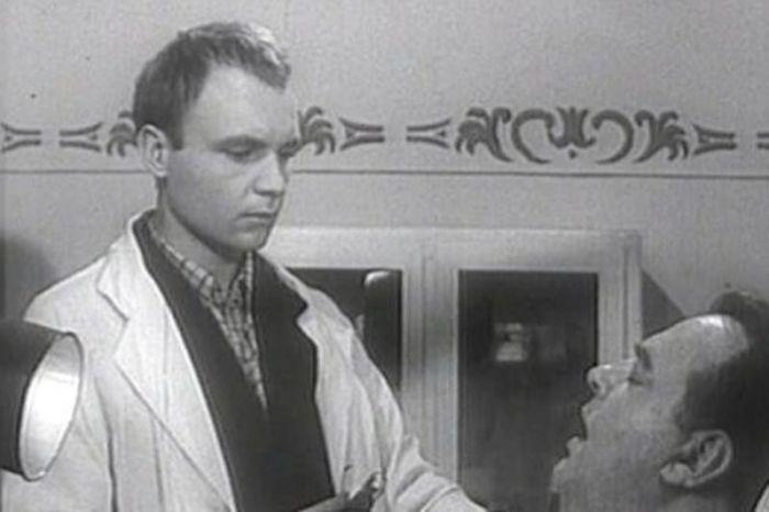 Андрей Мягков в фильме *Похождения зубного врача*, 1965 | Фото: aif.ru