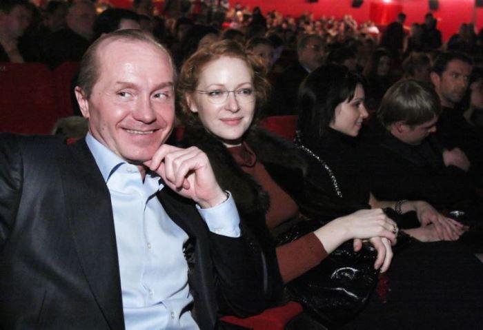 Андрей Панин с женой, Натальей Рогожкиной | Фото: kino-teatr.ru