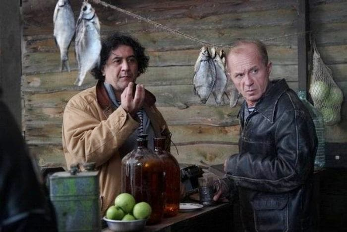 Режиссер Бахтияр Худойназаров и Андрей Панин   Фото: kino-teatr.ru