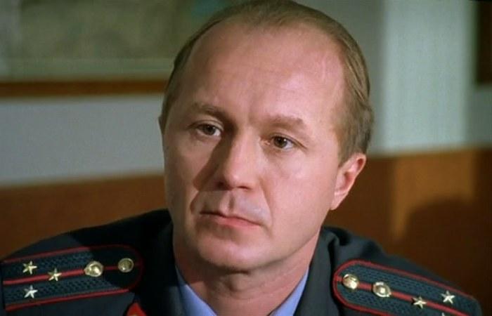 Андрей Панин в сериале *Бригада*, 2002   Фото: kino-teatr.ru