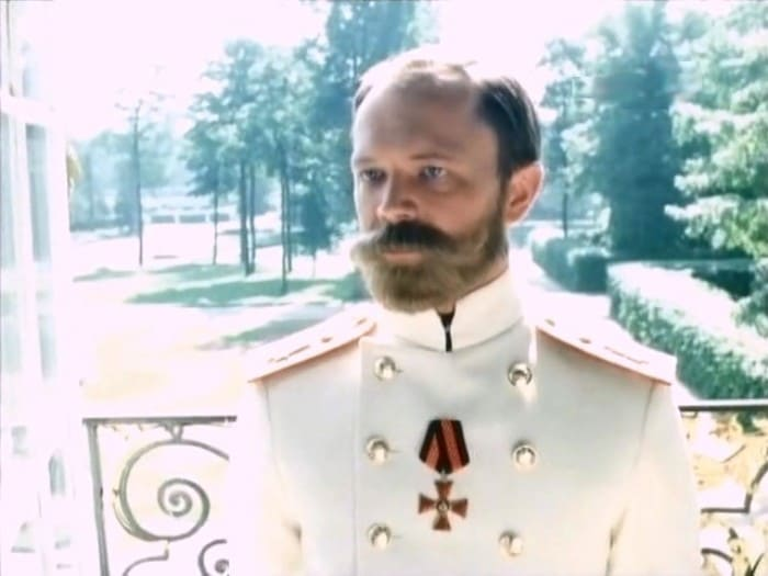 Кадр из фильма *Мать*, 1989 | Фото: kino-teatr.ru