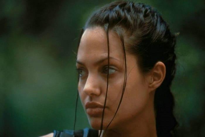 Кадр из фильма *Лара Крофт: Расхитительница гробниц*, 2001 | Фото: kino-teatr.ru