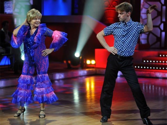 Ангелина Вовк в передаче *Танцы со звездами*, 2012 | Фото: aif.ru