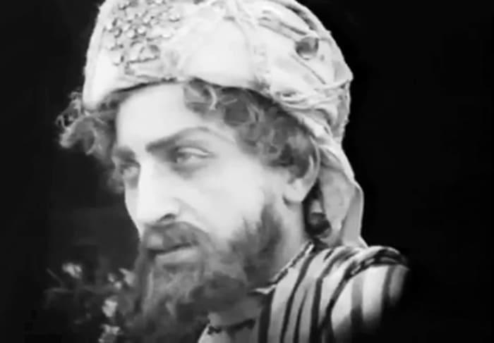Михаил Чиаурели в фильме *Сурамская крепость*, 1922 | Фото: kino-teatr.ru
