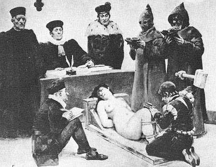 Перед казнью ведьм подвергали пыткам | Фото: ribalych.ru