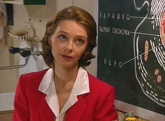 Анна Исайкина в сериале *Простые истины*, 1999-2003 | Фото: kino-teatr.ru