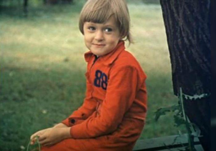 Анна Михалкова в детстве | Фото: muzh-zhena.ru