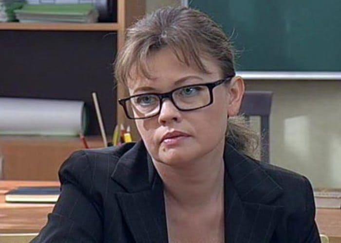 Кадр из сериала *Мачеха*, 2007 | Фото: stuki-druki.com