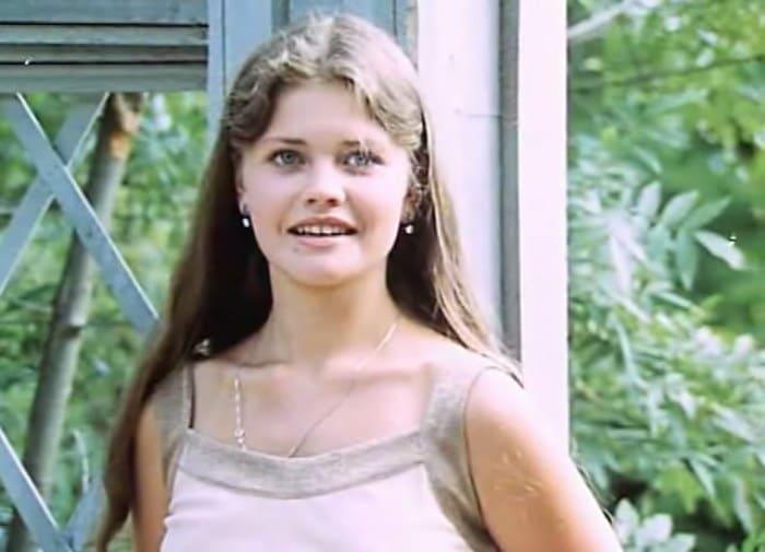 Анна Назарьева в фильме *Танцплощадка*, 1985 | Фото: kino-teatr.ru