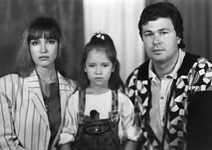 Актриса с первым мужем и дочерью, 1988 | Фото: flibusta.site