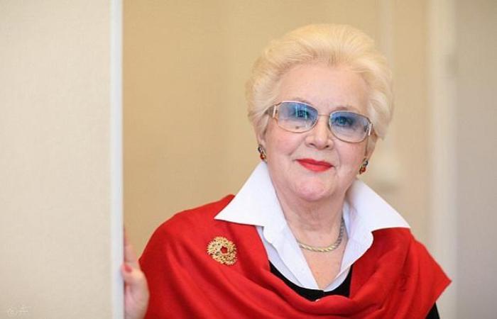 Знаменитая советская телеведущая, диктор Центрального телевидения Анна Шатилова | Фото: star-magazine.ru