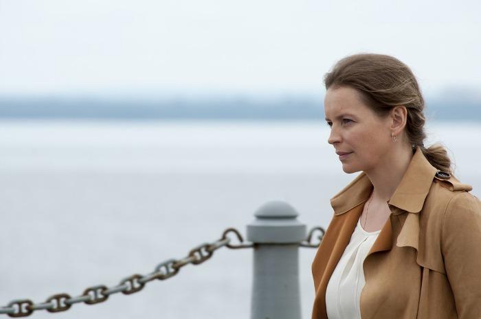 Анна Табанина в сериале *Мост*, 2017 | Фото: kino-teatr.ru