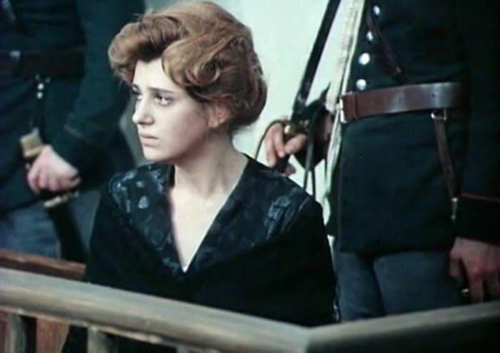 Анна Варпаховская в фильме *Хождение по мукам*, 1974 | Фото: kino-teatr.ru