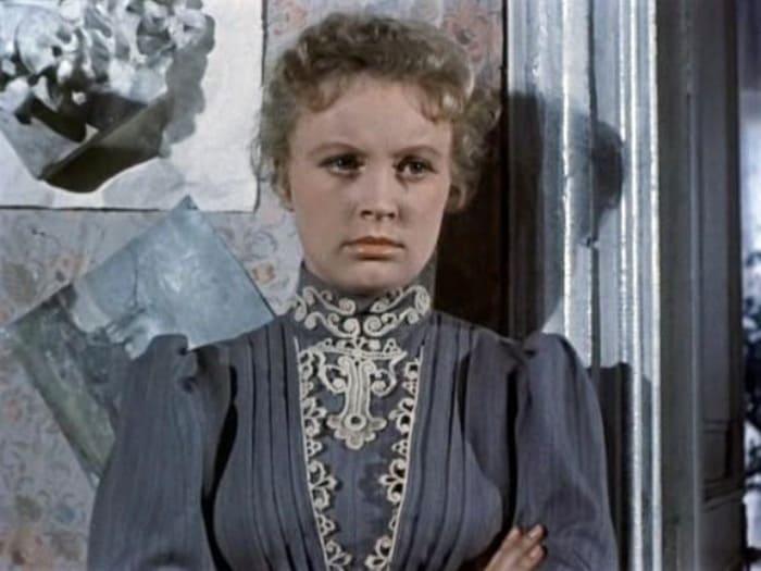 Алла Ларионова в фильме *Анна на шее*, 1954 | Фото: vokrug.tv
