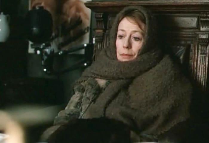 Анни Жирардо в фильме *Руфь*, 1989 | Фото: kino-teatr.ru