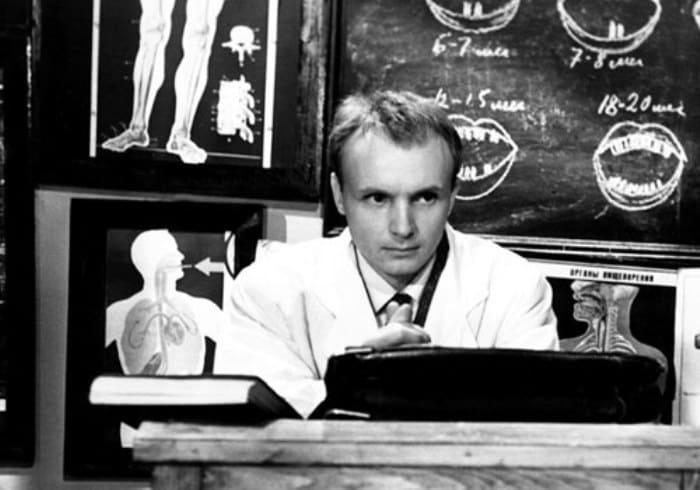 Андрей Мягков в фильме *Похождения зубного врача*, 1965 | Фото: kino-teatr.ru