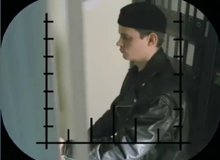 Антон Андросов в сериале *Д.Д.Д. Досье детектива Дубровского*, 1999 | Фото: kino-teatr.ru
