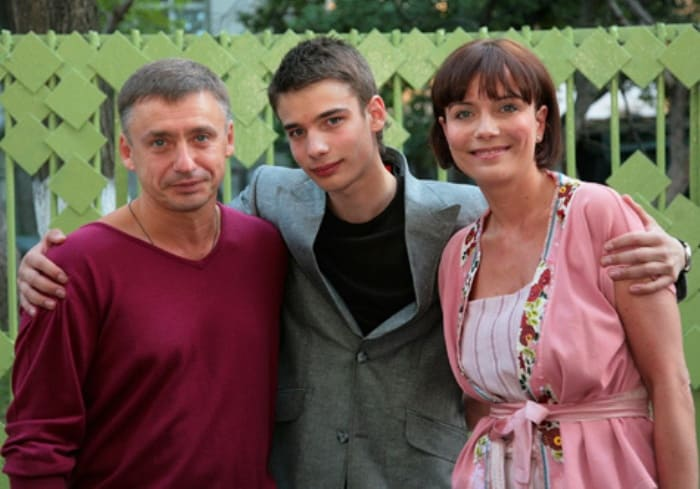Антон Табаков, Екатерина Семенова и их сын Никита | Фото: 24smi.org