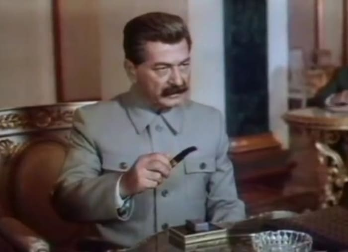 Арчил Гомиашвили в образе Сталина | Фото: kino-teatr.ru