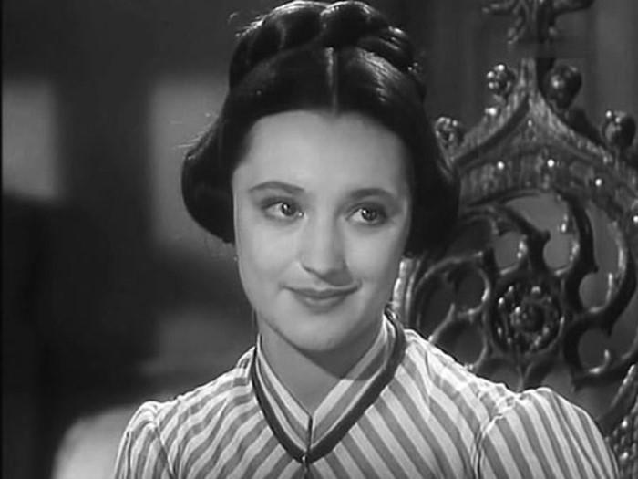 Ариадна Шенгелая в фильме *Евгения Гранде*, 1960 | Фото: goodhouse.ru