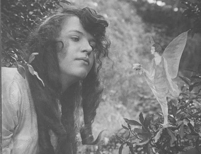 Элси и фея с цветком   Фото: liveinternet.ru