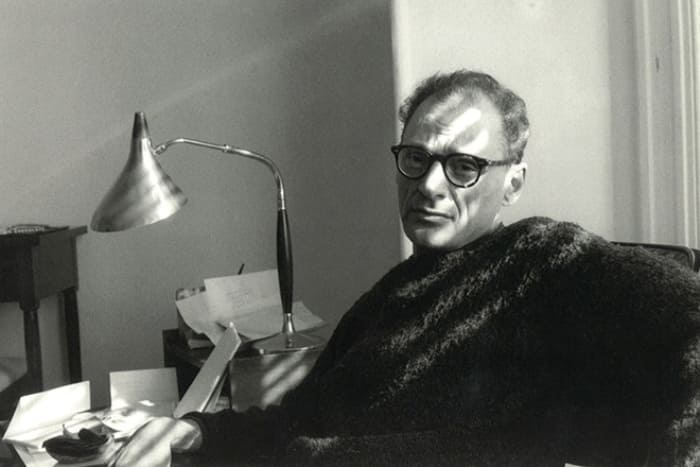 Знаменитый американский драматург Артур Миллер | Фото: 24smi.org
