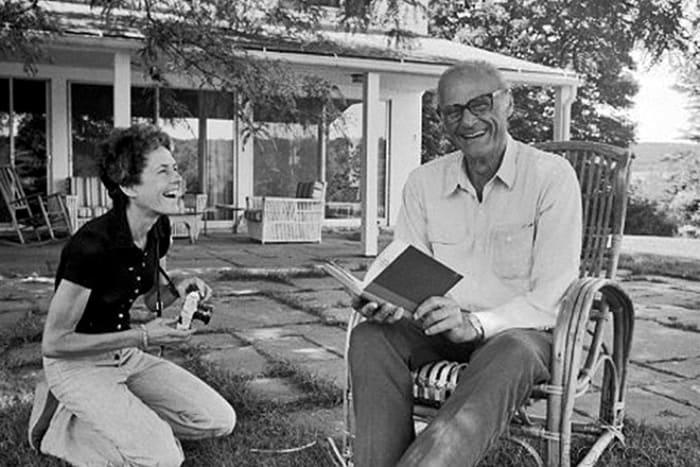 Артур Миллер и его третья жена Инге Морат | Фото: 24smi.org