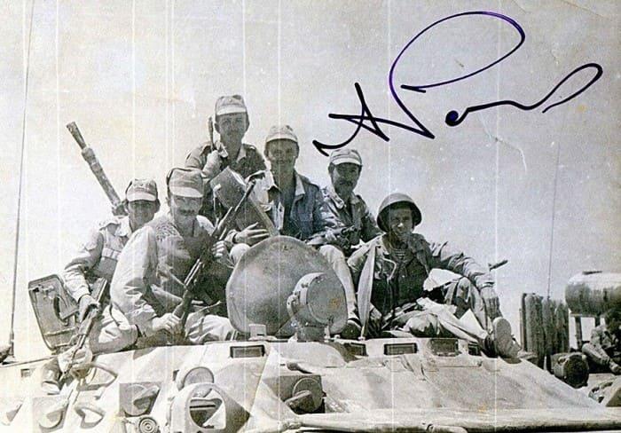 Александр Розенбаум с воинами-афганцами | Фото: dubikvit.livejournal.com
