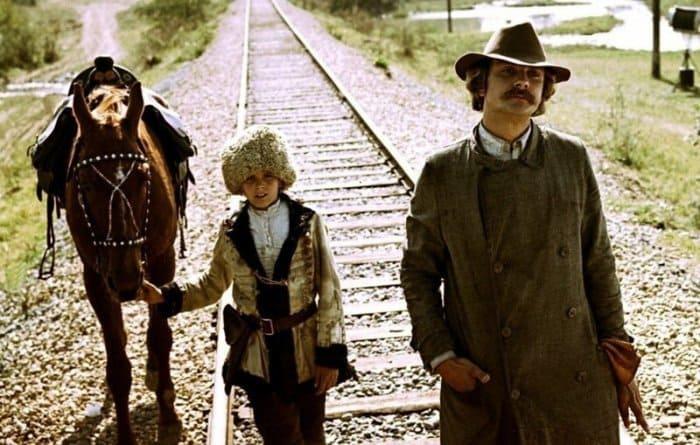 Кадр из фильма *Свой среди чужих, чужой среди своих*, 1974 | Фото: domkino.tv