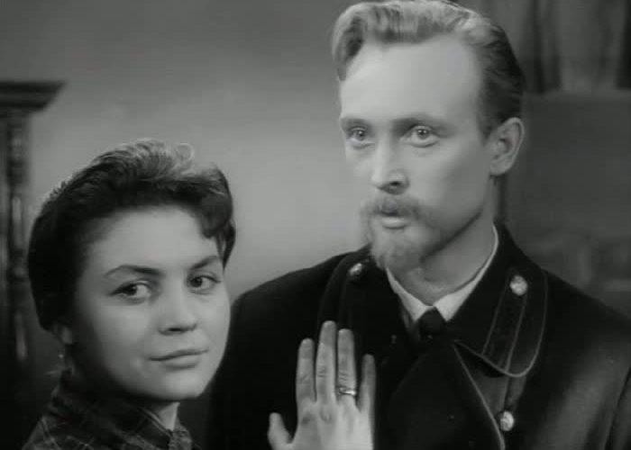 Кадр из фильма *В начале века*, 1961 | Фото: kino-teatr.ru